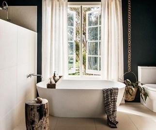 Soak up these beautiful bathtubs