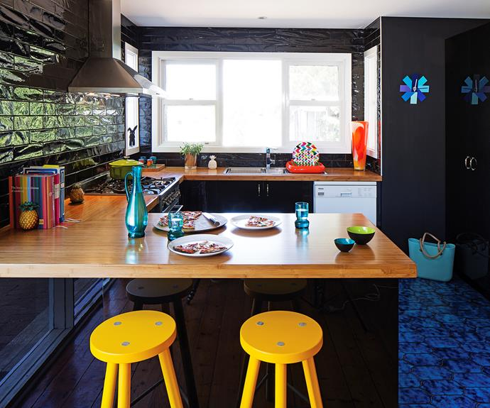 Kitchen Transformation Before And After: Before And After: Stylish Black Kitchen Transformation