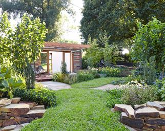 4 tips for a stunning garden year-round