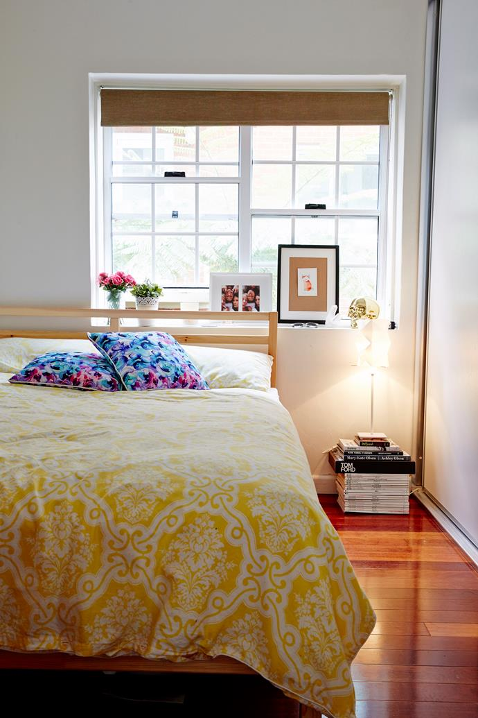 """Along with selecting the right colour palette for a small bedroom, you can make your four walls feel bigger with [strategic lighting](http://www.homestolove.com.au/how-to-style-your-bedroom-to-suit-your-personality-2911