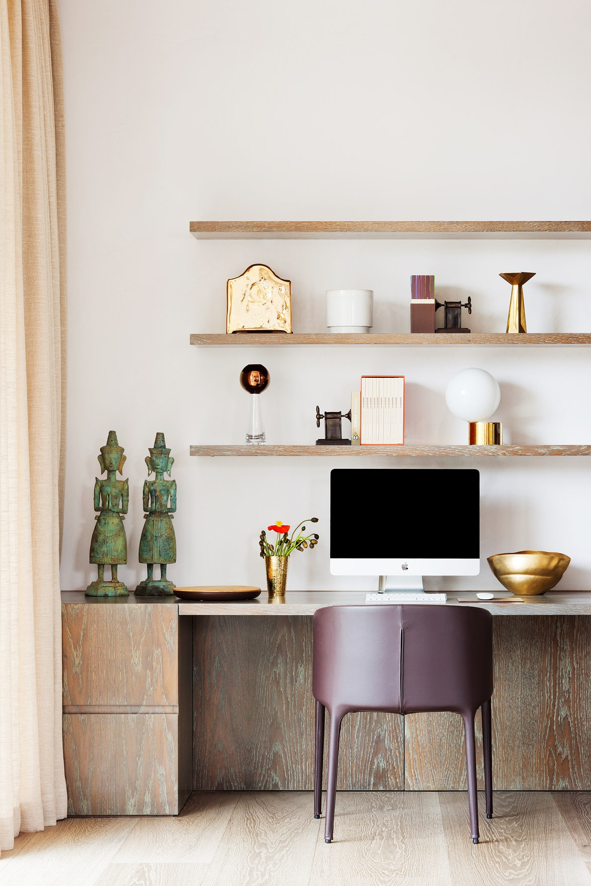 Keep your workspace clean and clutter-free to assist with productivity. *Photo:* Shannon McGrath / Belle