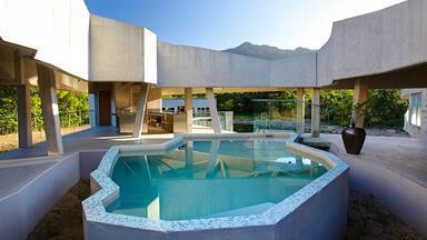 5 swimming pools that make a big splash