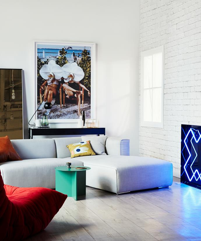 """For smaller rooms, oversized [artwork](http://www.homestolove.com.au/7-quick-tips-to-help-you-buy-art-for-your-home-1779