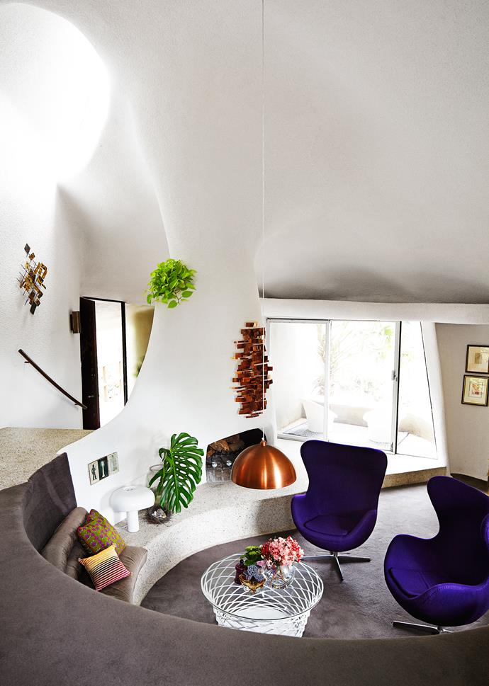 "Furniture and accessories − such as the Verner Panton ""Panthella"" table lamp and the purple [Arne Jacobsen](http://www.arne-jacobsen.com/en/arne-jacobsen
