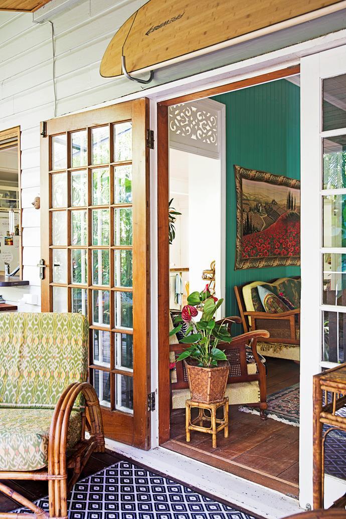 Large doors create a breezy living area.