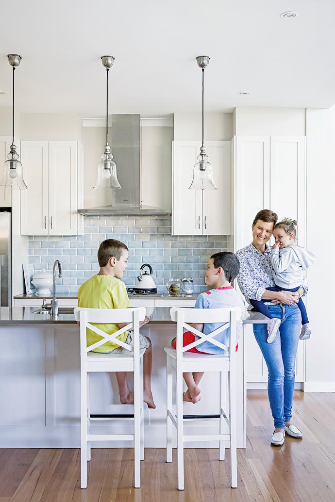 """Pippa chose [Shaker-style](http://www.homestolove.com.au/simple-spaces-inspired-by-shaker-style-1847