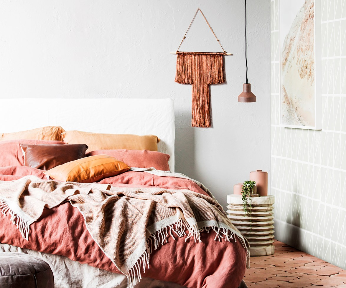 """[Follow our guide to decorating with texture and tone >](http://www.homestolove.com.au/how-to-style-a-harmonious-home-with-tonal-colours-3651