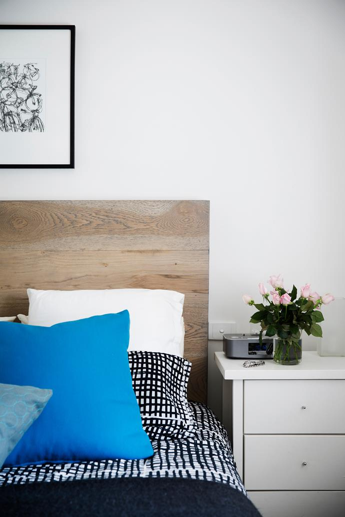 Paul made the bedhead from American oak solid timber boards.