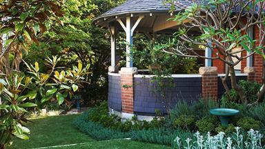 How to create a soft perennial garden