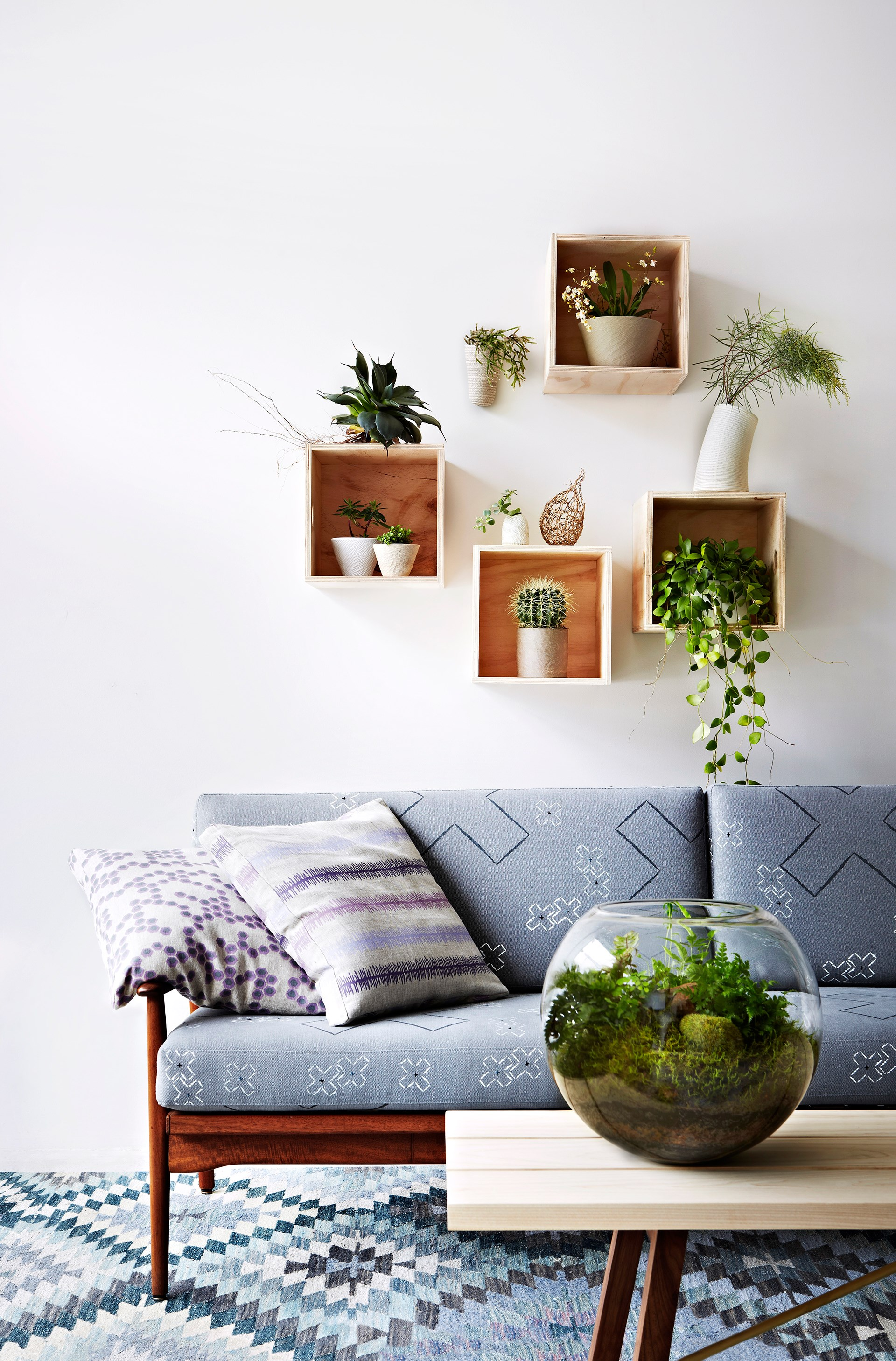 "[> Get 12 easy indoor plant styling tips](http://www.homestolove.com.au/easy-indoor-plant-styling-tips-3802|target=""_blank"")."