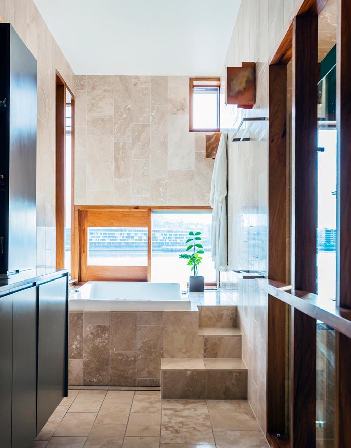 With a view to the pool and an integrated Champagne bucket set flush with the bath surround, the main ensuite is pure luxury.