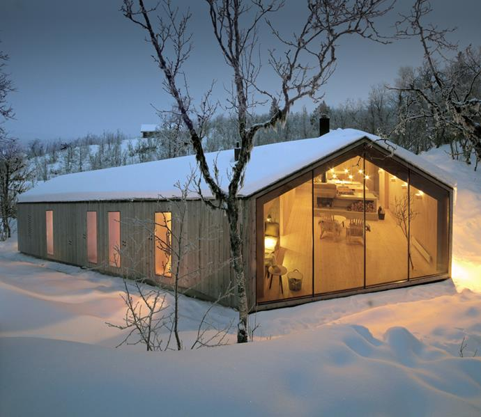 "This cabin by [Reiulf Ramstad Architects](http://www.reiulframstadarchitects.com/|target=""_blank"") is in the mountainous village of Ål, which is located in the south-west corner of Norway. *Photo: Reiulf Ramstad Arkitekter*"
