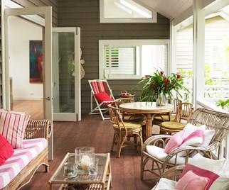 plantation-style deck