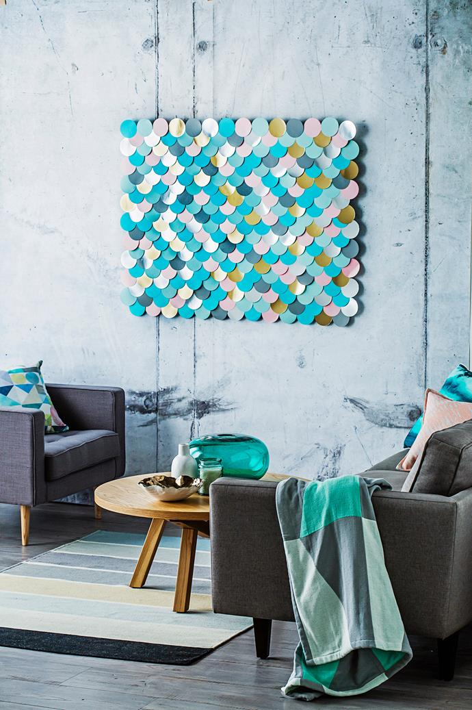 """This [DIY scallop artwork]((http://www.homestolove.com.au/diy-scallop-artwork-3297