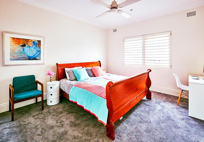 "Kirsty is keen to [repaint](http://www.homestolove.com.au/5-expert-tips-for-choosing-paint-colours-1816|target=""_blank"") the main bedroom, but for now her [Country Road](https://www.countryroad.com.au/