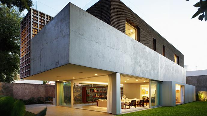 "**Sumaré House - São Paulo** This home, designed by architect [Isay Weinfeld](http://isayweinfeld.com/en/|target=""_blank""), perfectly encapsulates the minimalist modernism that came out of Brazil in the early to mid 20th Century. *Photo: Nelson Kon*"