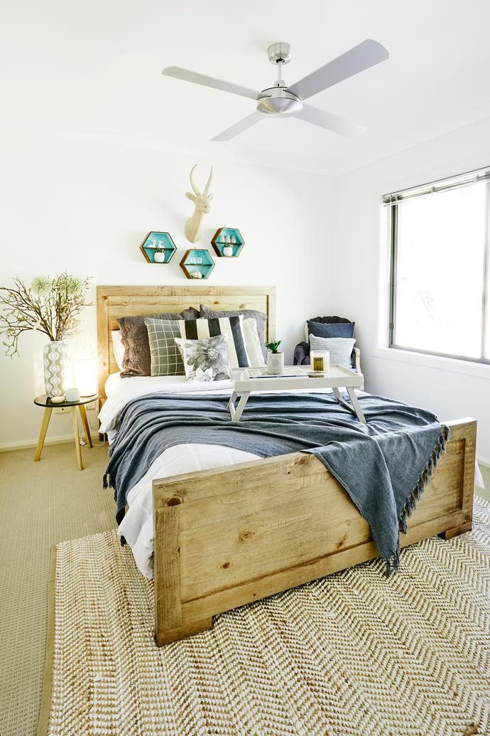 "The guest room is cosy and welcoming, with quirky accessories from Penny's store, [Elements of Design](https://www.facebook.com/elementsofdesignwauchope/|target=""_blank"") located in Wauchope."