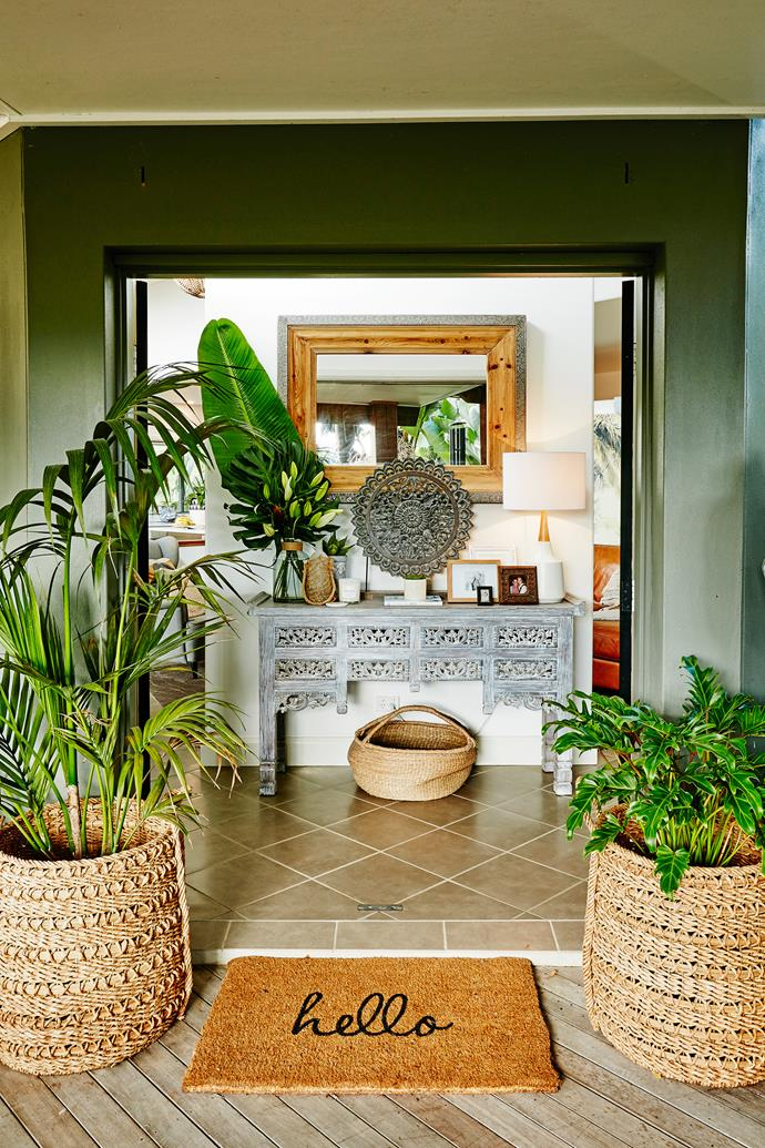 "Double doors and [Freedom](http://www.freedom.com.au|target=""_blank"") basket planters showcase the [grand entrance](http://www.homestolove.com.au/first-impressions-james-trebles-tips-on-styling-the-entrance-to-your-home-3265