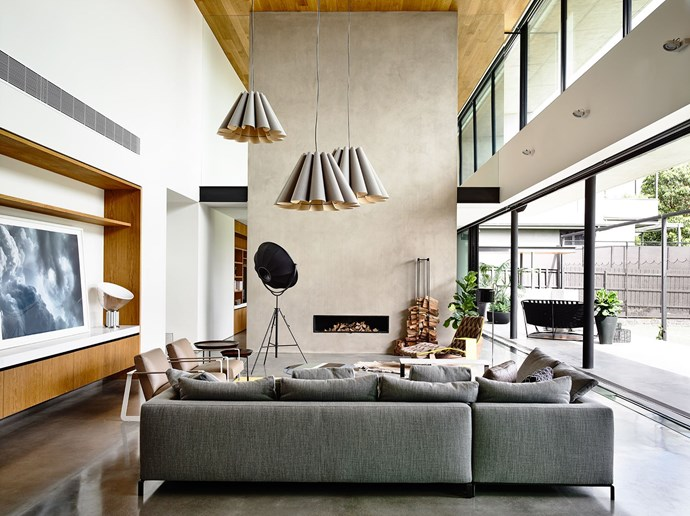 "This [modernist marvel](http://www.homestolove.com.au/expansive-modernist-house-in-melbourne-2426|target=""_blank"") combines delicate pendants with floor lamps and sconces for a lighting system that can be adjusted for any mood. Photo: Derek Swalwell"