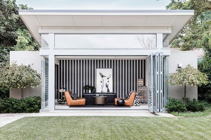 "Garden Sanctuary by [Coco Republic Interior Design](https://cocorepublic.com.au/|target=""_blank"").  This room, constructed as a summerhouse, affords the owner's of this Sydney property some space for retreat. At the top of their wish list was the desire for something bold and daring. Interior designer Lily Cumberland explains, ""The clients specifically wanted this room to look striking from the outside, as it sits directly opposite the kitchen and dining room and can also be viewed from the lounge."" And that's exactly what they reaped from the sophisticated update of this contemporary structure. *Photography by Maree Homer.*"