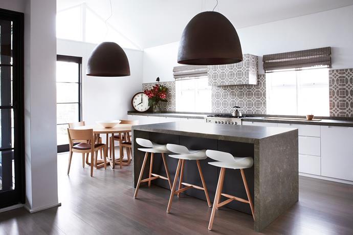 "[Justine Hugh-Jones Design](http://justinehughjones.com/|target=""_blank"") kitchen. From *Belle* October/November 2013. *Photograph by Will Horner.*"