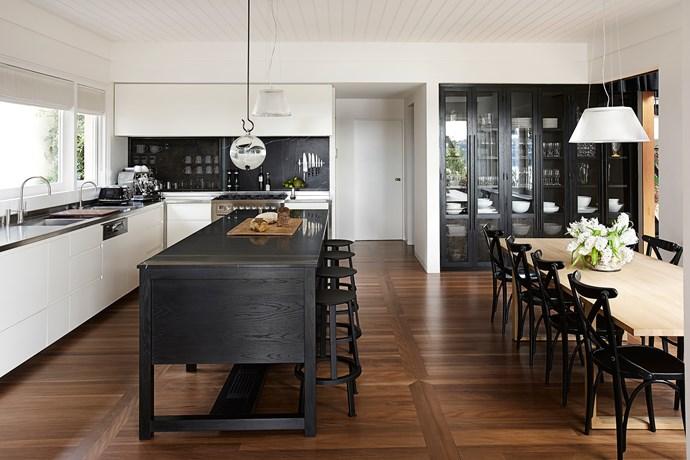 "[Sarah Davison Interior Design](http://www.sarahdavison.com.au/ target=""_blank"") kitchen. From *Belle* October/November 2013. *Photograph by Will Horner.*"