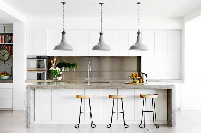 "[Justine Hugh-Jones Design](http://justinehughjones.com/|target=""_blank"") kitchen. From *Belle* October 2015. *Photograph by Nicholas Watt.*"