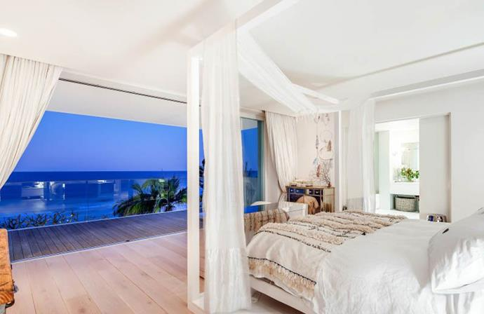 The home takes full advantage of the ocean views. Photo: Tom Offermann Real Estate