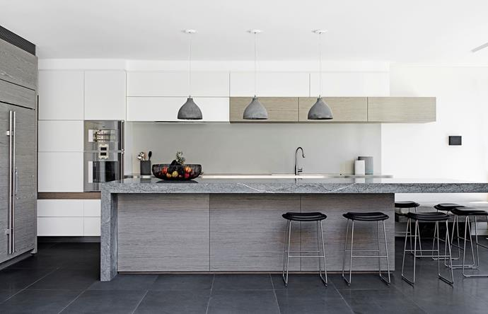 **Mix 'n' match textures.** Interplaying textures are one of the easiest ways to give your kitchen a modern makeup. Try combining marble, timber and ceramic accents.  It shouldn't work, but it really does. *Photo: Nick Watt/bauersyndication.com.au*
