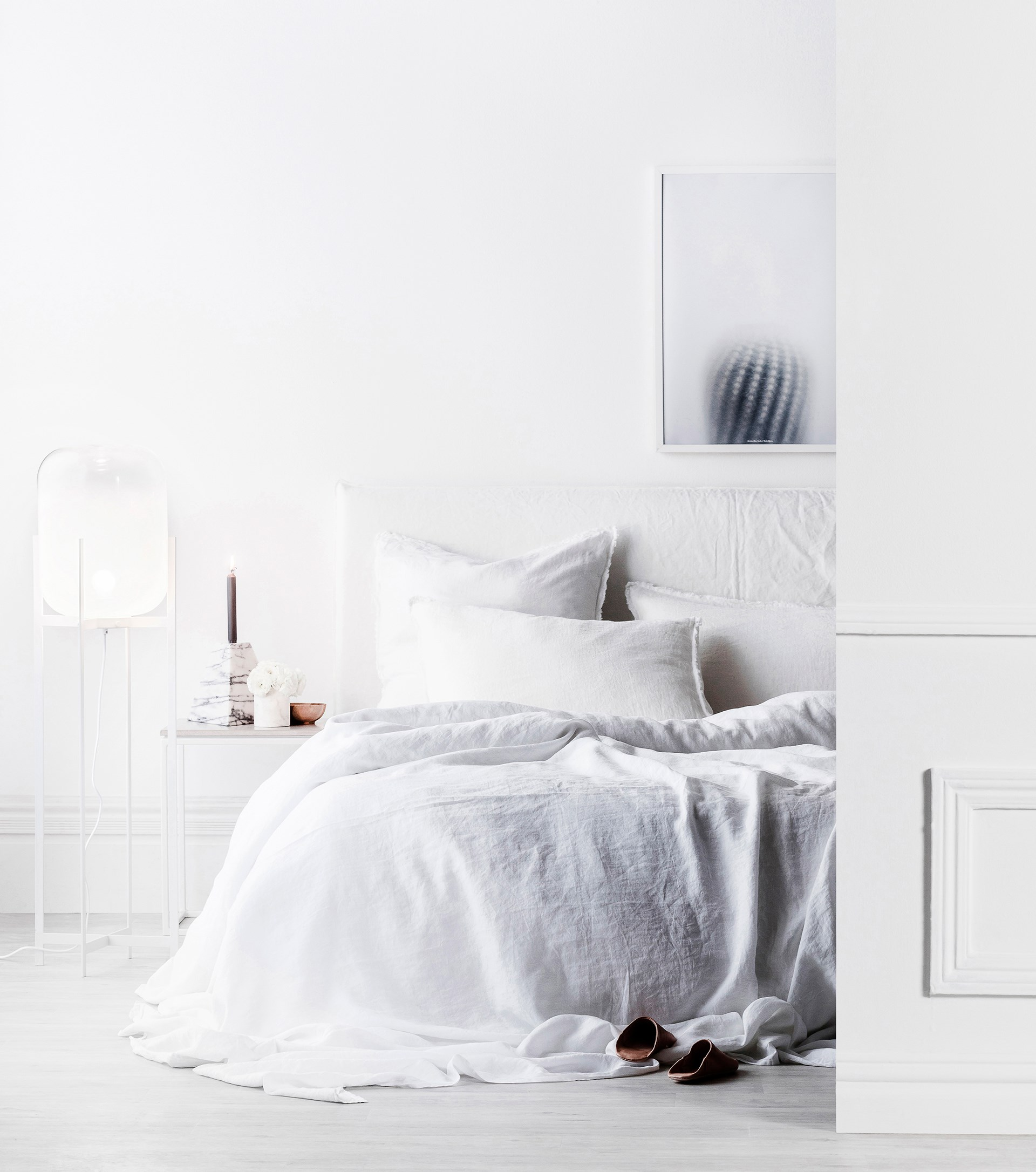 """Do you hate clutter? If the answer is a resounding 'yes!', than [modern minimalism](http://www.homestolove.com.au/decorating-101-modern-minimal-style-4098 target=""""_blank"""") might be the style for you."""