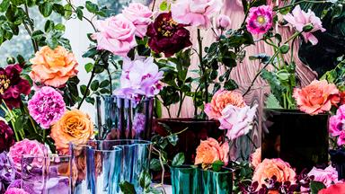How to bring the outdoors in with beautiful blooms