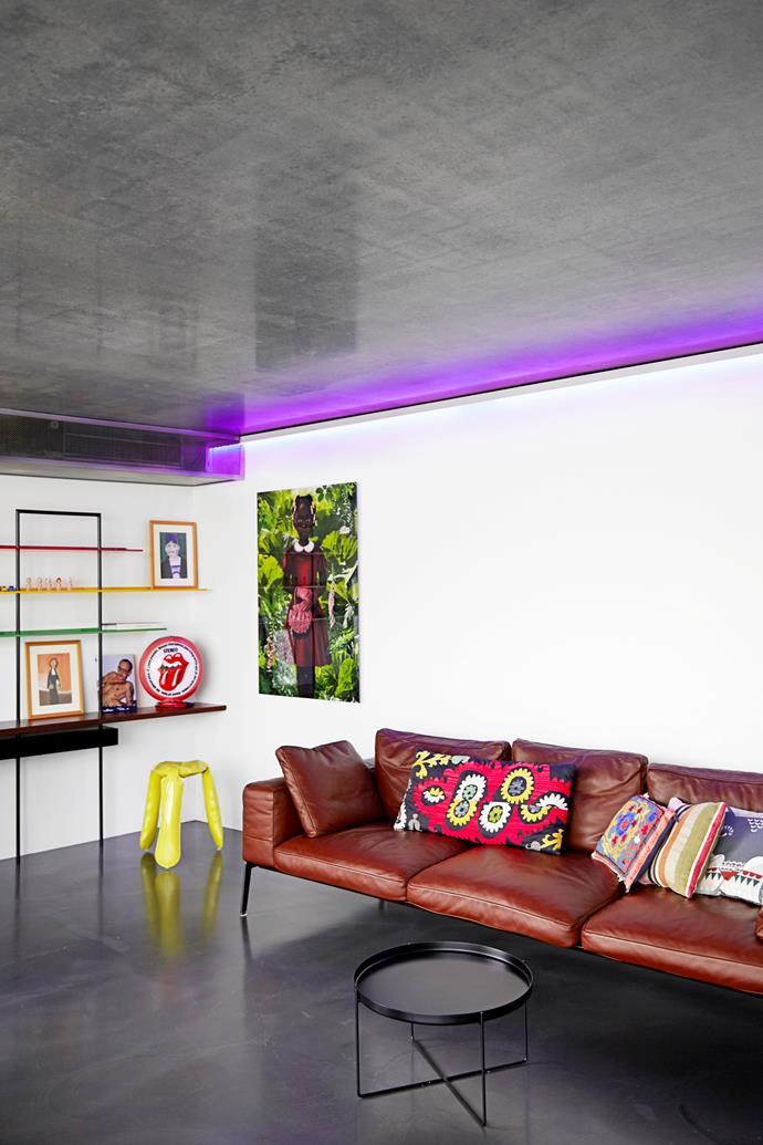 """The clean lines of the [Flexform](http://www.flexform.it/en