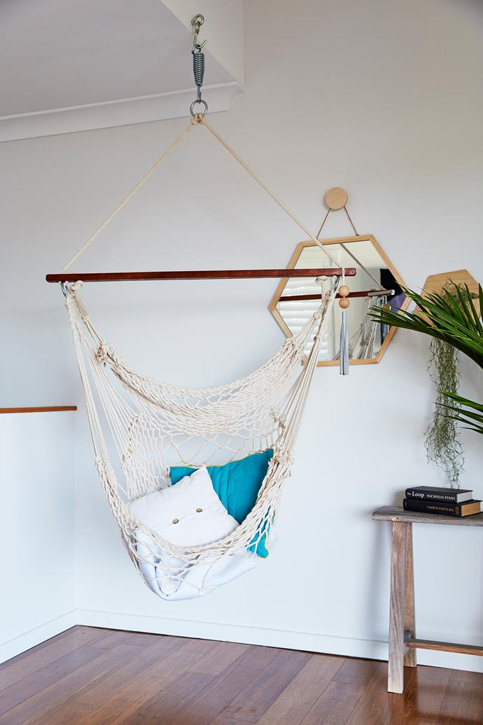"""""""I love the hanging hammock in the living room ($80 from [Seaweed & Sand](https://www.seaweedandsand.com.au/ target=""""_blank"""")). It's a great spot to sit back and relax and gaze out to the lake!"""" says Anna."""