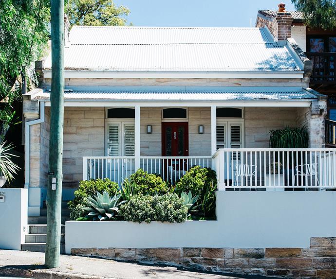 Sydney sandstone cottage