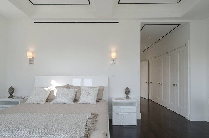 The master bedroom, which includes a walk-in-robe and ensuite, is probably bigger than most apartments in New York. Photo via [Spivak Architects](http://www.spivakarchitects.com/).