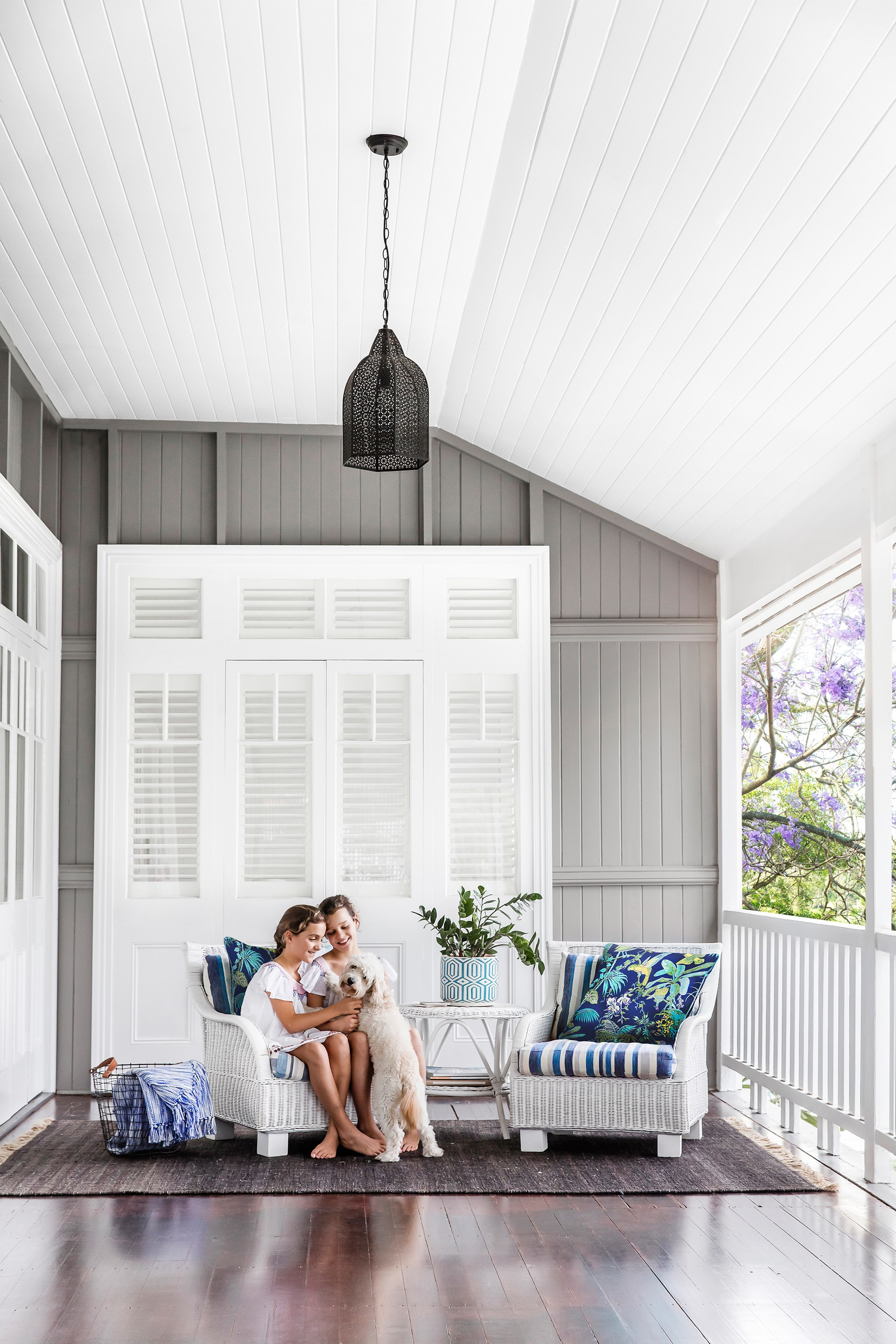 This [1920s Queenslander](http://www.homestolove.com.au/a-refreshed-1920s-queenslander-4363) has been refreshed with Hamptons style and a laidback coastal vibe while retaining its original charm. Photo: Maree Homer