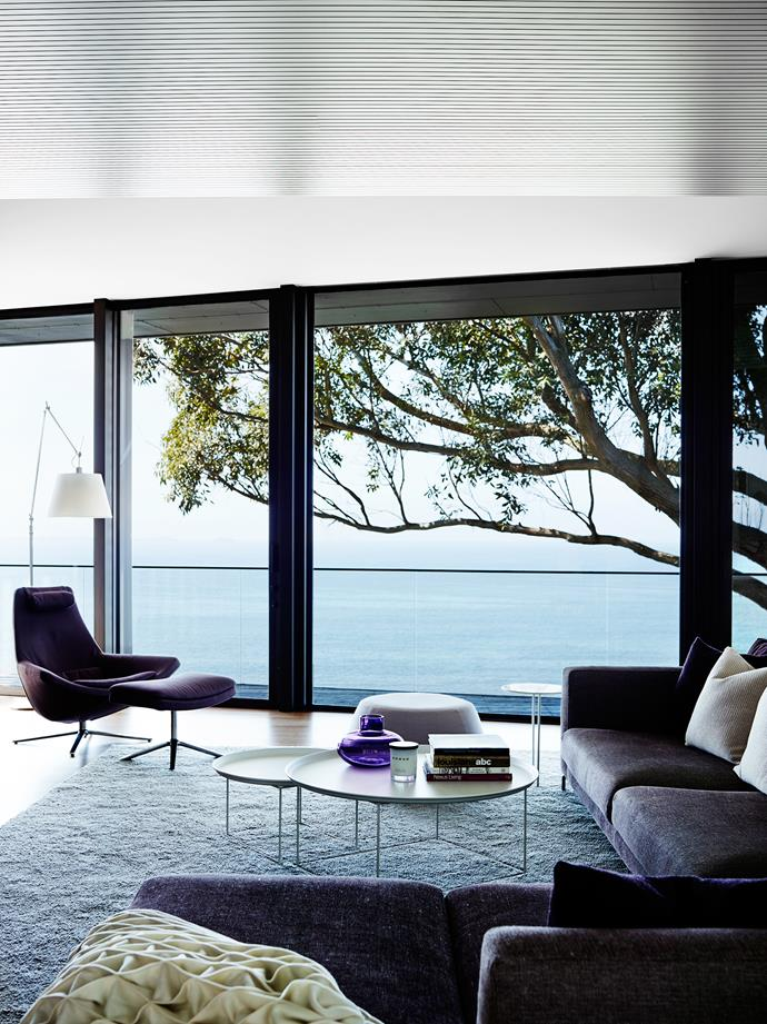 """We already had real blues and greens from ocean and vineyard views. Nothing manufactured can compete with that so we chose not to use blue or green in our palette,"" says Sonia Simpfendorfer of [Nexus Designs](http://nexusdesigns.com.au/)."