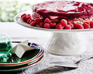 Raspberry curd cake