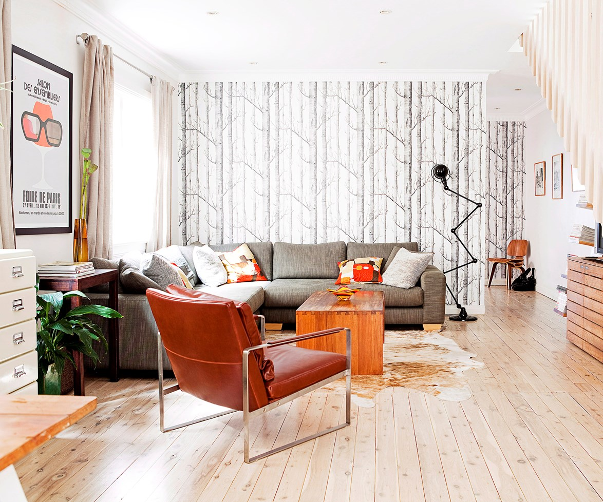 "Keep your [flooring costs](http://www.homestolove.com.au/how-to-lower-flooring-costs-4481|target=""_blank"") from hitting the ceiling by installing yourself."
