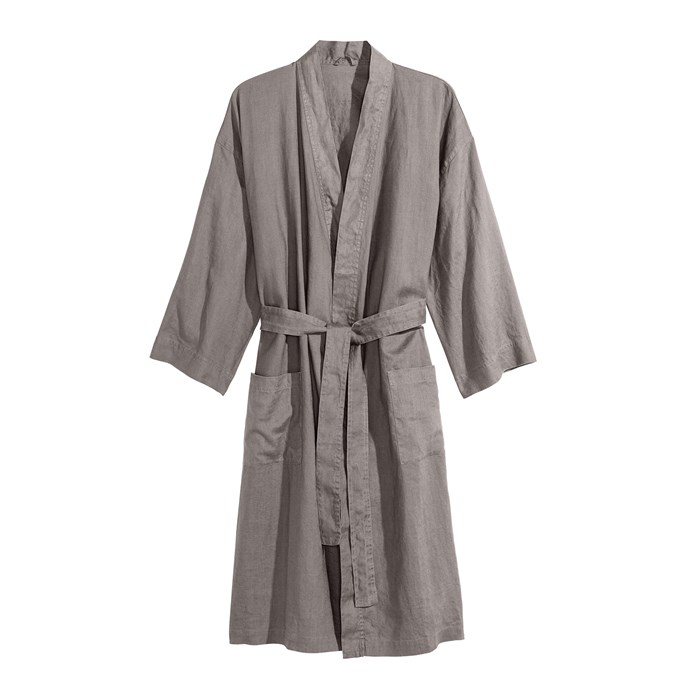 Washed Linen Dressing Gown, $59.99, [H&M](http://fave.co/2iCKIk8).