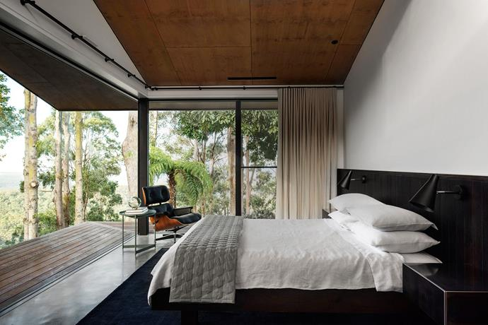 """The home had to open up but be screened from ever-present """"blowies"""" without dimming the stunning surrounds. The meticulous design process took three years of working to maximise views and manage elements."""