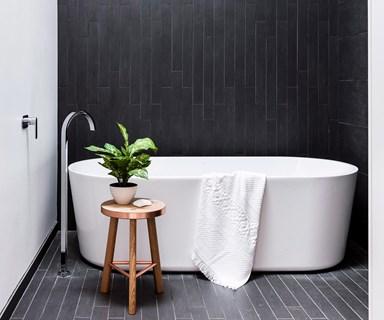 10 timeless black & white bathrooms