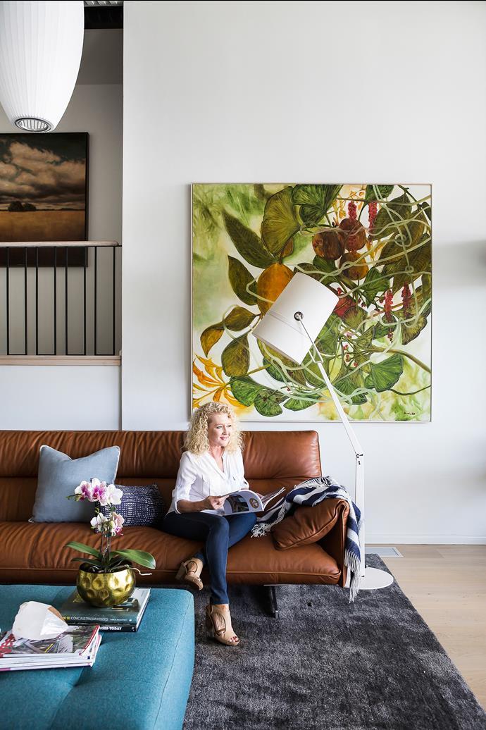 David's partner Karen Moores loves this reading spot. Poltrona Frau Antohn sofa and Cubo ottoman, [Cult](http://www.cultdesign.com.au/). Serico Slate rug, [The Rug Establishment](https://www.therugest.com/). George Nelson Cigar Bubble lights, [Spence & Lyda](http://spenceandlyda.com.au/). Walter Knoll Andoo lounge chairs, [Living Edge](https://livingedge.com.au/). French-oak flooring, [Queensland Timber Flooring](http://www.queenslandtimberflooring.com/). Artwork by Robert Dunlop.
