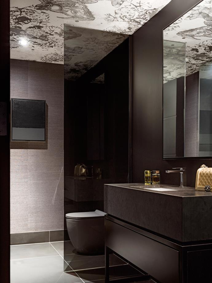 Romy decided to create a rhythm with bathrooms and powder rooms as a moody, glamorous foil for the large, open, light spaces.