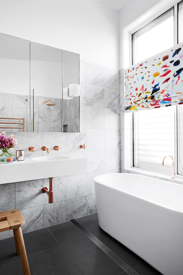 "This [romantic industrial-style bathroom](https://www.homestolove.com.au/a-luxe-copper-and-marble-bathroom-4680|target=""_blank"") was designed by Stewart Horton of [Horton & Co. Design](https://www.hortonandco.com.au/