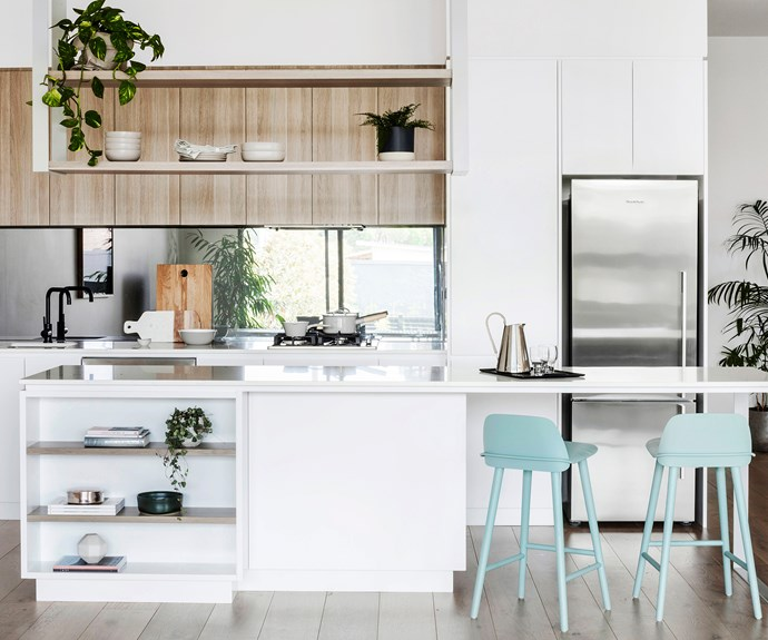 pretty and practical kitchen