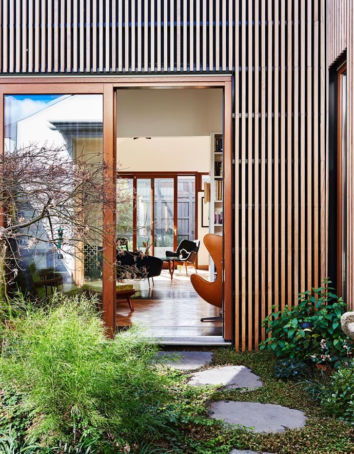 """Meagan and Steven chose Steffen Welsch, principal of [Steffen Welsch Architects](http://www.steffenwelsch.com.au/welcome.html). """"He is German, calm and a minimalist,"""" says Meagan. And, as it turned out, that both aligned with, and encouraged, their nascent design ideas."""