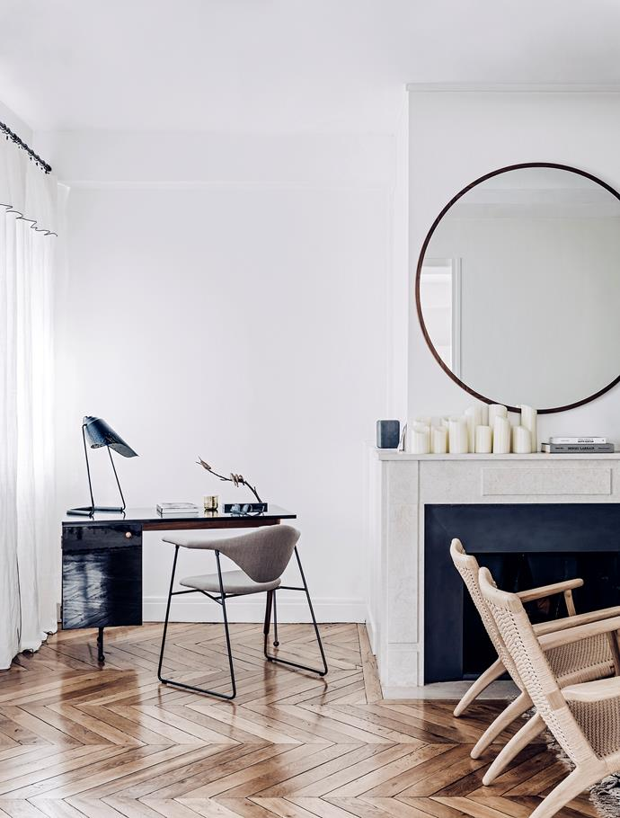 """The mirror above the fireplace is by [Sarah Lavoine](http://www.sarahlavoine.com/en/