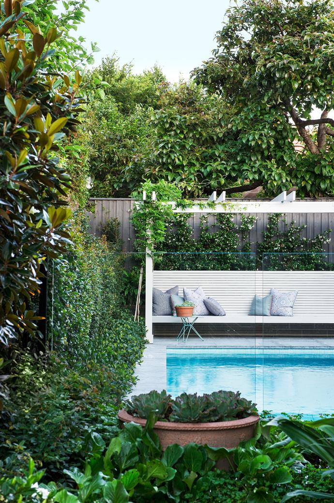 Textural plants and a harmonious mix of recycled and new materials enable this [Sydney garden](http://www.homestolove.com.au/how-to-create-a-backyard-oasis-4624) to settle into its charming surroundings.