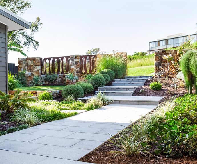 Sloping Garden Ideas And Optimal Solutions For Landscape: How To Maximise A Sloping Garden